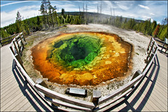 morning glory pool yellowstone (Dan Anderson.) Tags: red hot color green water pool yellow wonder outdoors nationalpark spring scenery scenic yellowstonenationalpark yellowstone wyoming geyser morningglory nationalparks hotspring geothermal worldheritagesites sulfer yellowstonepark morningglorypool uppergeyserbasin geyserbasin geothermalfeatures