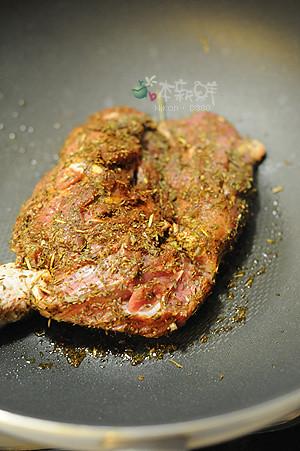 義式香料雞腿肉