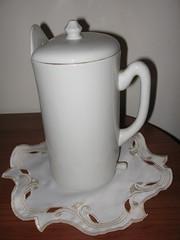 White Porcelain French Irrigator (Lombardarella) Tags: white french porcelain enema irrigator lavagem clister einlauf klistier enteroclisma