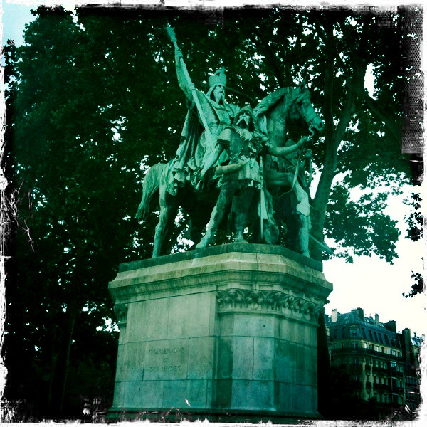 Estatua de Carlomagno