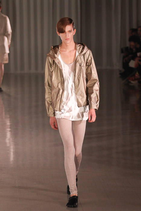 Gabriel Gronvik3117_SS11_Tokyo_MOLFIC(Fashionsnap)