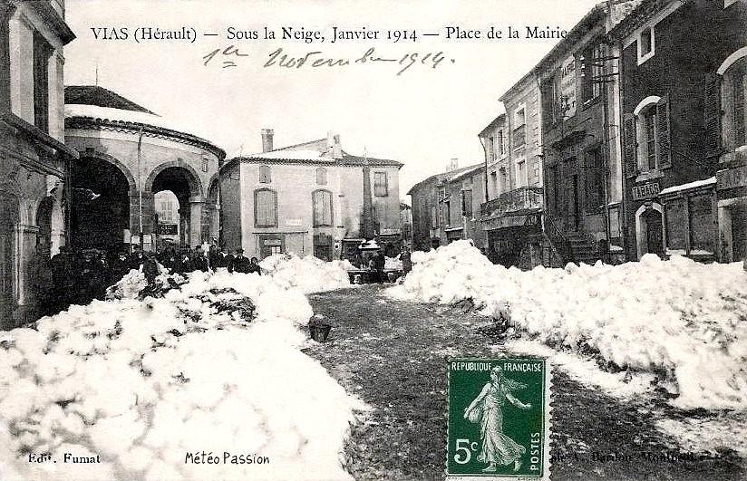 amas de neige à Vias dans l'Hérault en janvier 1914