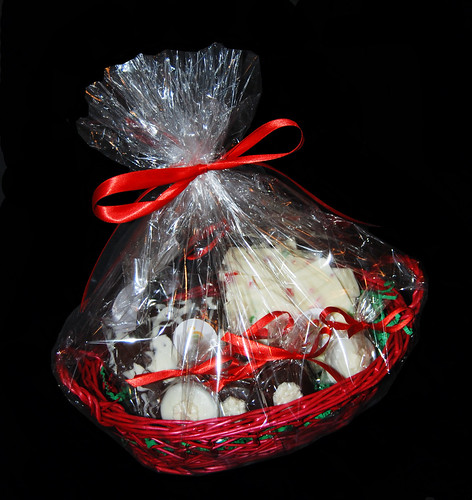 small holiday gift basket