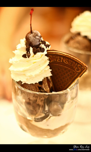Swensens Sticky Chewy Chocolate