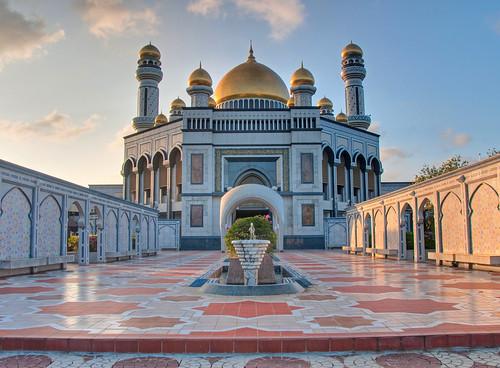 Brunei 10