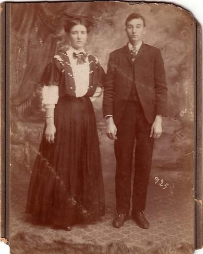 Orrell - Lewis & Elsie 25 Dec 1908