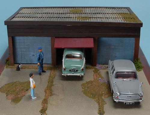 Three Bay Garage diorama