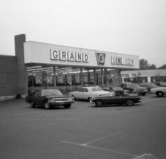 Grand Union Supermarket in the Baybrook shopping center in West Haven, Connecticut on New Haven Ave right on the border with Milford. June 1972 (wavz13) Tags: vintage vintagecar oldschool oldphoto 1970s oldcar 1972 oldcars growingup vintagecars instamatic vintagephoto 1970scars vintageconnecticut 1960sdodge oldconnecticut 1970schevy 1970schevrolet 1970sconnecticut