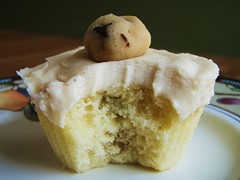 cookie dough filled cupcakes - 31