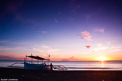 Nasugbu (Justin Jovellanos) Tags: longexposure sunset landscape boat twilight nikon dusk philippines shoreline waters batangas stillwater nasugbu bangka graduatedfilter nikond80 justinjovellanos