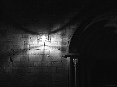 Darkness / Oscuridad (SantiMB.Photos) Tags: longexposure bw espaa church night noche spain nightshot streetlamp iglesia bn nocturna catalunya farol romanesque tarragona priorat siurana romnico largaexposicin agfascala200 ysplixblack