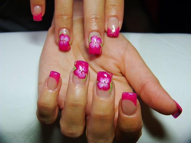4309008911 d4b9d984e5 z Sweet Baby Pink Manicure