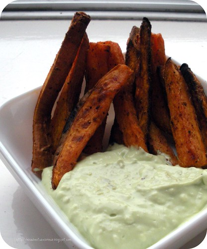 Sweet Potato Fries & Avocado Dip