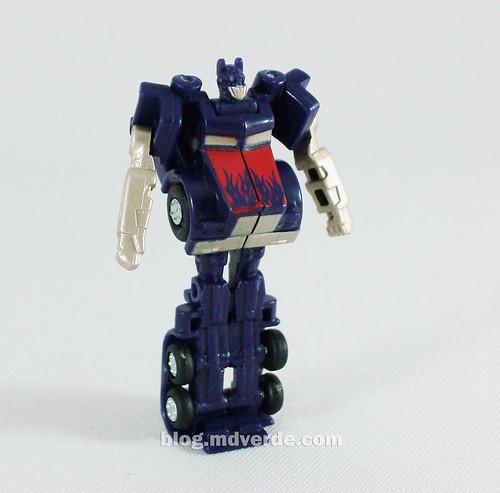 Optimus Prime RotF Miniatura - modo robot