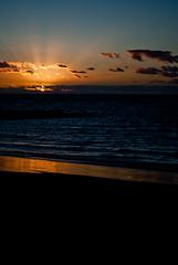 twilight (alewop) Tags: sunset espaa sun sol beach atardecer twilight spain playa cadiz puesta crepsculo