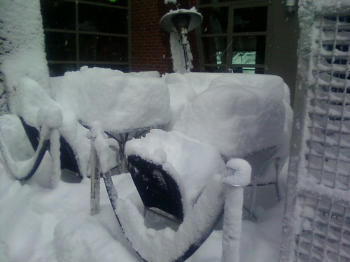 Outside seating @ Alero on U st #snOMG