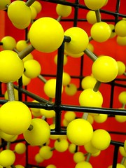 Sulphur (chemodan) Tags: red yellow sticks model balls chemistry laboratory sulphur sulfur molecular