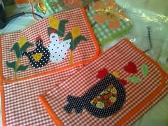 moto_0474 (Dipano Ateli) Tags: de galinha pano patchwork prato cozinha jogos tecido aplicao apliqu dipano