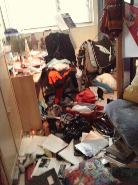 Slaapkamer opruimen. Help! *eindresultaat pag. 8* • Bokt.nl