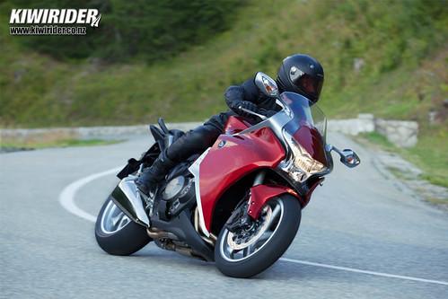 Honda VFR1200 tech 31