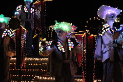 SpectroMagic (Disney Dan) Tags: christmas winter usa america us orlando december unitedstates florida character disney disneyworld characters fl wdw waltdisneyworld 2009 magickingdom spectromagic disneycharacters disneycharacter waltdisneyworldresort disneyvacation disneypictures spectroman disneyparks disneyphotos spectromen pleasevisitourwebsitewwwcharactercentralnet