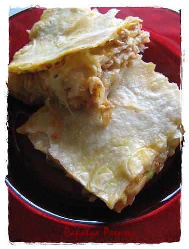 tavuklu kabaklı börek