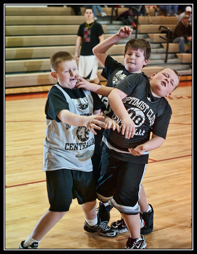 PeeWee bball The tangle (by Silver Image)