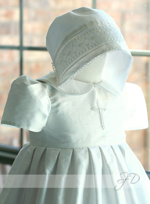 bonnet and dress