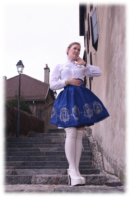 MMM holy queen blue