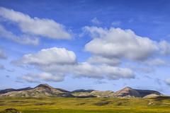 Un domingo por la maana... (Sergio Formoso) Tags: espaa skyline clouds landscape spain natural lanzarote paisaje canaryislands islascanarias nubles sergioformoso gettyimagesspainq1 gettyimagesiberiaq2 gettyimagesiberiaq3 lphills