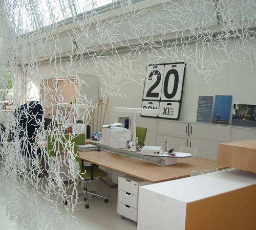 25 inspirational offices – iniwoo – graphics can talk!