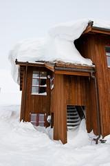 Mye sn p personalbygget (TrulsHE) Tags: winter white snow cold norway norge vinter cloudy dnt sn haukeli kaldt hvitt overskyet fjellstue haukeliseter turistforeningen