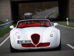 Wiesmann MF5 Roadster (Philipp Lcke) Tags: cars mercedes manufaktur olympus 63 e3 gt spotting amg 2010 exotics roadster clk wiesmann frhlingsfest carspotting mf5 eor mf3 50200 mf4 exoticspotting balckseries