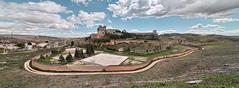 Monasterio de Ucls (Cuenca) (Carlos J. Teruel) Tags: espaa nikon paisaje panoramica nubes cuenca 2010 d300 monasteriodeucls tokina1116 xaviersam