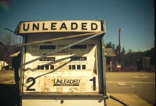 2 UNLEADED 1
