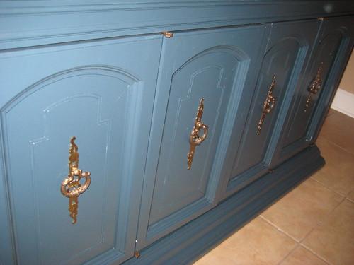 cabinet paint 2 012