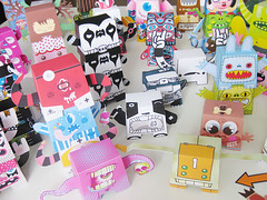 Totem Q & A @Toysrevil (Dolly Oblong) Tags: toy totem stack build interview collect papertoy toysrevil dollyoblong papertotem