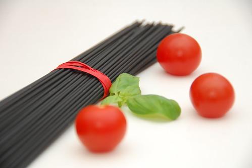 spaghetti al nero con seppie