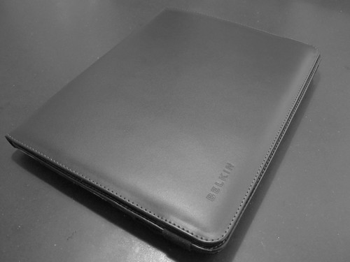 Belkin Leather Folio - Elastic Band Fastened