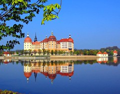 Moritzburg Castle, Germany (Tobi_2008) Tags: colour reflection building castle leaves germany deutschland spring pond searchthebest saxony sachsen schloss teich bltter farbe allemagne spiegelung printemps soe gebude germania frhling moritzburg polestar zafiro supershot superphotographer flickrdiamond colorvisions flickrelite diamondstars leuropepittoresque