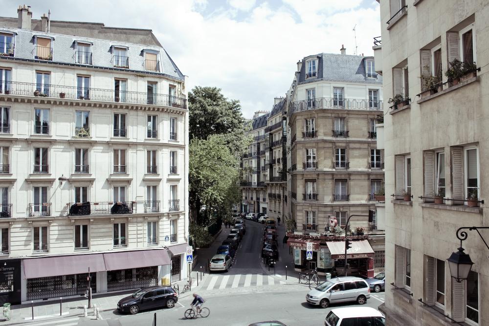 Rue Rollin