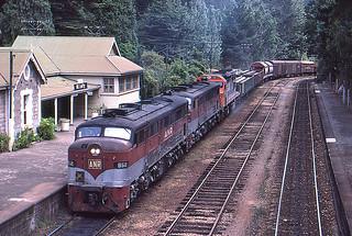 952/966/C507 Mt Lofty 28 Feb 1985