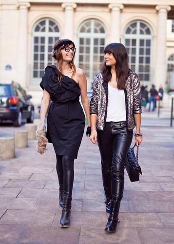 calça de couro feminina fotos