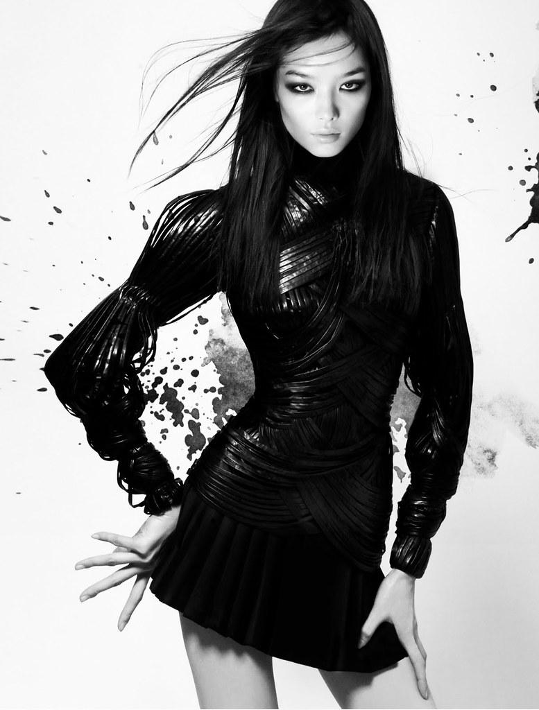 Sun Fei Fei - V Magazine #65 Summer 2010 - 4
