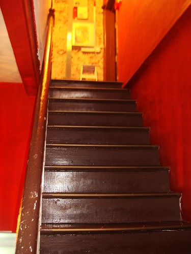 prince of wales Sg - stairs