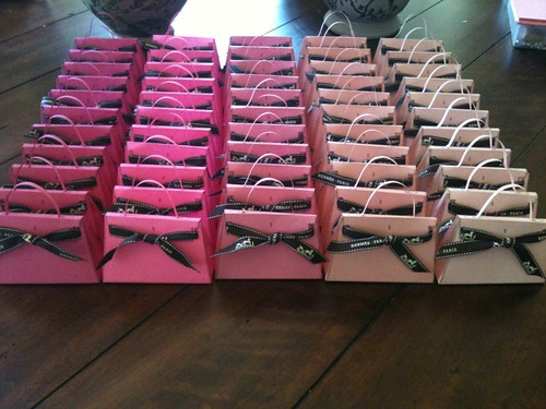Pink Ombré Kellys. For A Baby Shower ...