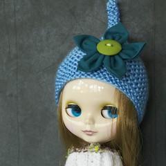 Blythe blue flower hat