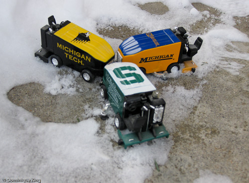 Ice resurfacing machines-1