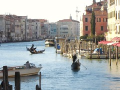 Grand Canal from Rialto Bridge, Venice (richbd) Tags: bridge venice canal europe grand rialto gondolas favouritepre2011