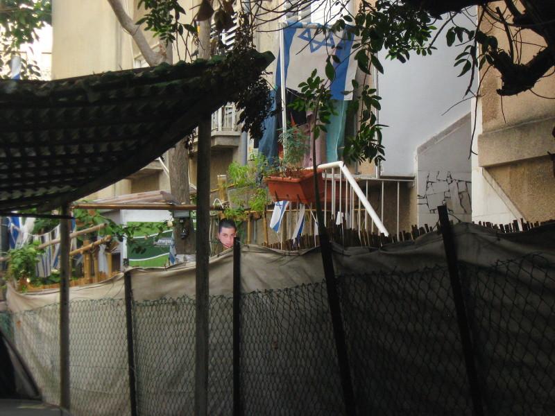 20-11-2010-shalit